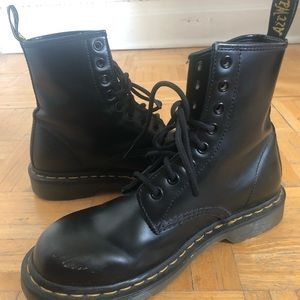 Original Doc Martens 1460 SMOOTH in mint condition